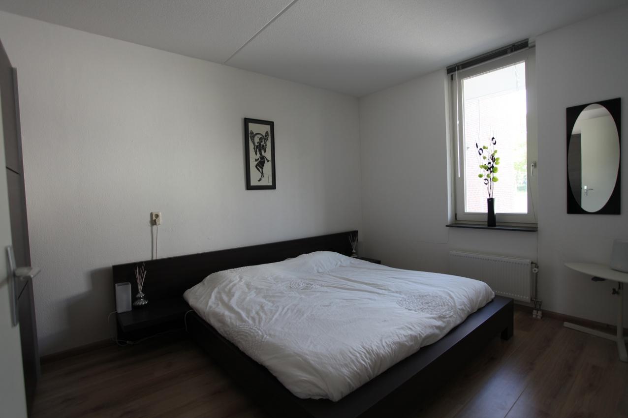 Verkoopstyling 3 badkamer slaapkamer en zolder krang creaties - Badkamer presentatie ...